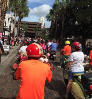 Vespa Orlando Scooters 4 Hooters 2017
